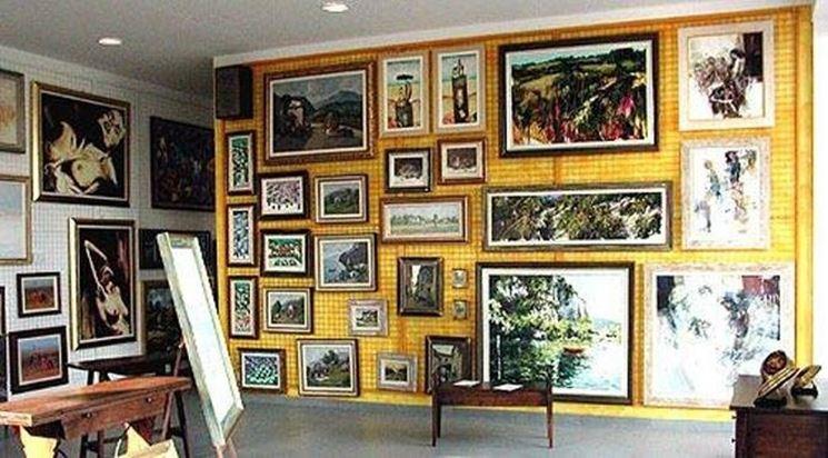 Arredare con i quadri arredamento casa for Arredare parete