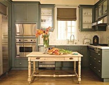 mobili di stile provenzale