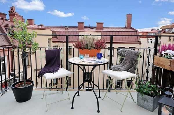 Arredare terrazzo arredamento casa for Arredamento da terrazzo