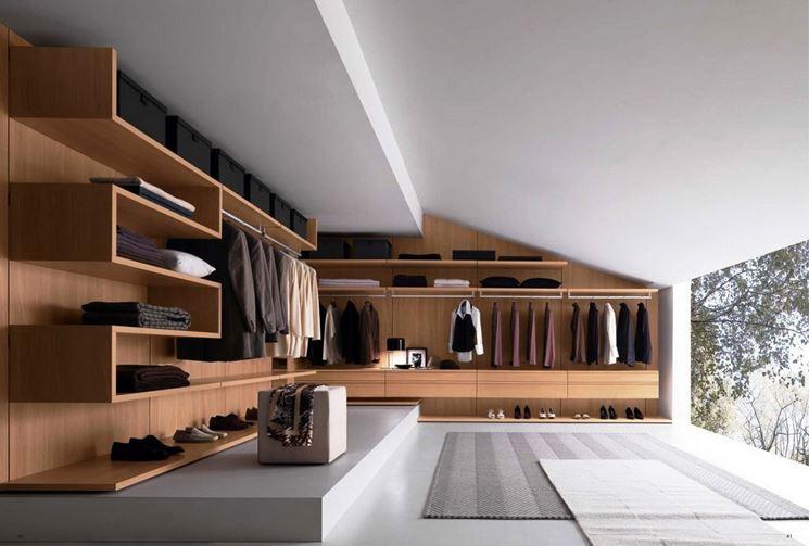 Cabina armadio in mansarda arredamento casa sistemare for Progettazione passiva della cabina solare