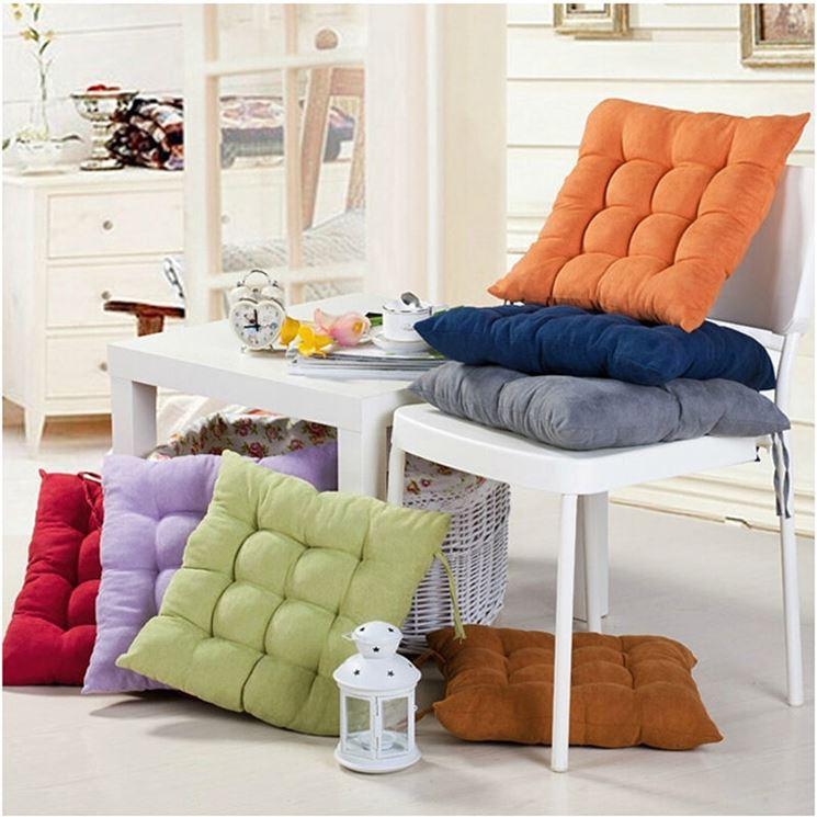 Cuscini per sedie arredamento casa tipologie di for Cuscini x sedia