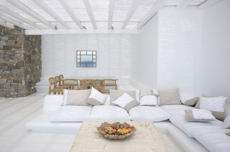 Soggiorno total white arredamento casa arredare il - Soprammobili per soggiorno ...