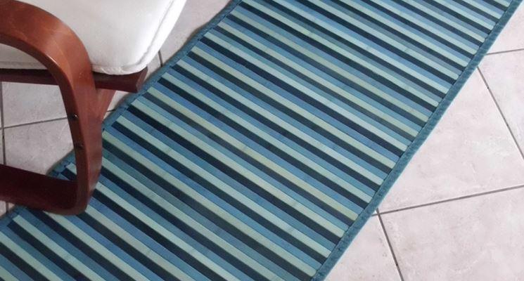 tappeto colorato in bamboo