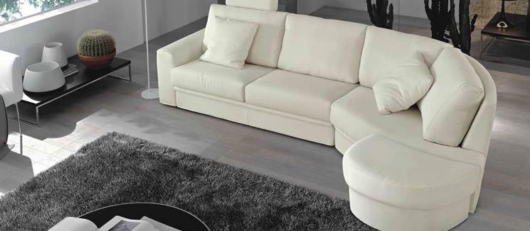 La scelta del divano offre un'immagine nuova alla casa