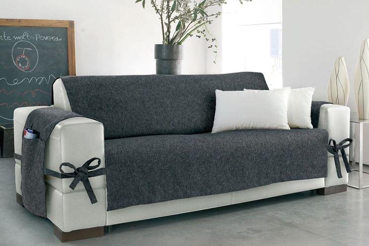 Copridivani su misura divano caratteristiche dei copridivani su misura - Copridivano angolare per divano in pelle ...