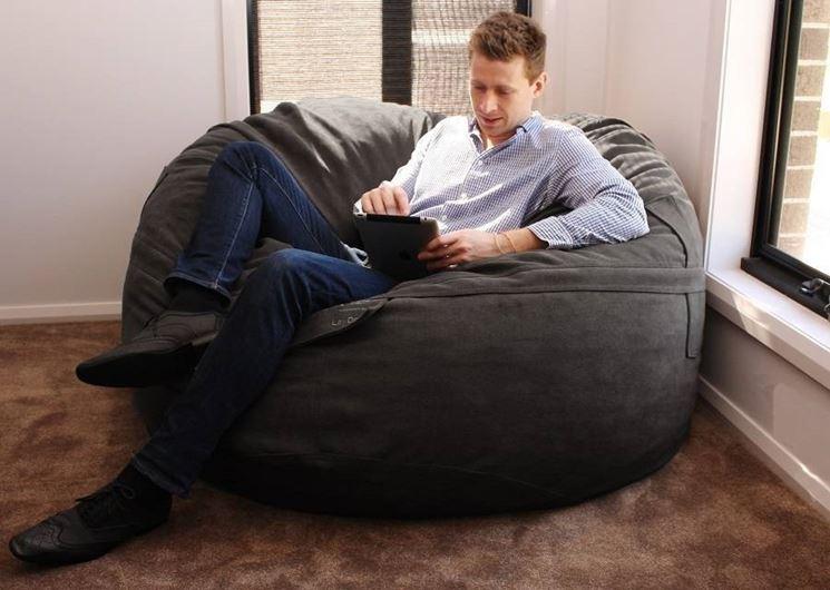 Poltrona sacco divano for Poltrone morbide