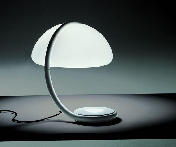 lampada da tavolo moderna