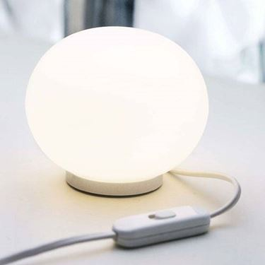 lampada da tavolo flos