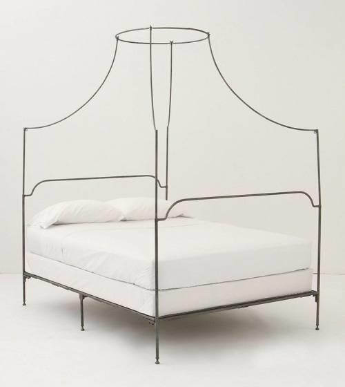 Letti in ferro battuto mobili for Letto ferro battuto moderno