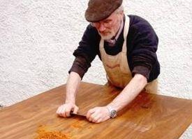 Come restaurare un tavolo restauro come rinnovare un vecchio tavolo - Restauro mobili fai da te ...