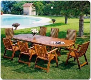tavoli da giardino tavoli