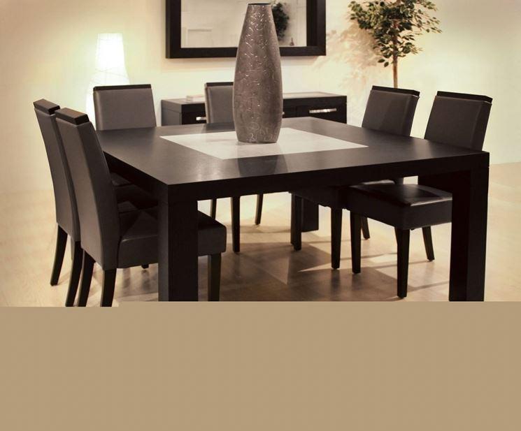 Tavoli da pranzo tavoli for Tavoli da sala da pranzo moderni