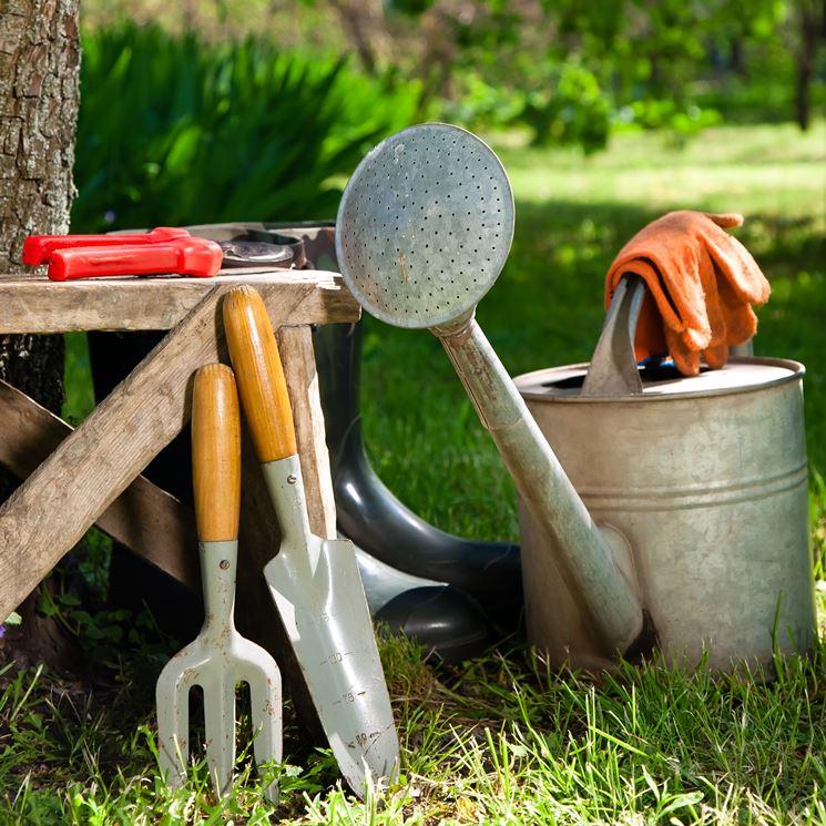 utensili per il giardino