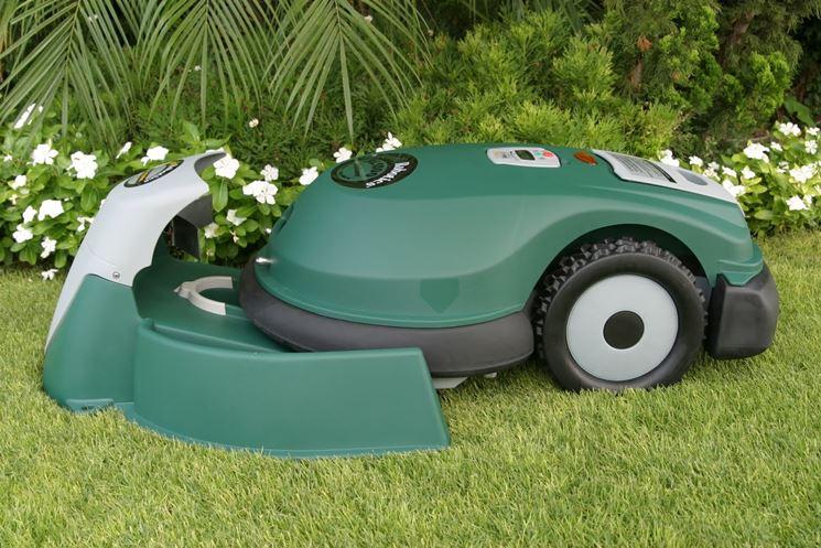 Robot tagliaerba attrezzi da giardino tipologie di robot