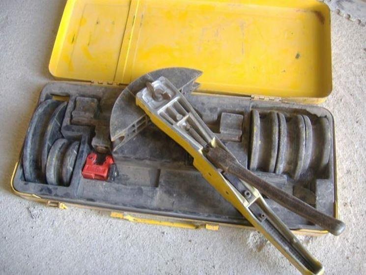 Piegatubi utensili for Scaldacqua flessibile a tubi di rame