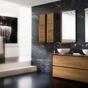 il bagno un ambiente della casa molto importante in cui si trascorrono vari momenti in una giornata momenti dedicati soprattutto alla cura della propria