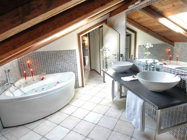 Bagno in mansarda un progetto a pianta circolare bagno un progetto per il bagno in mansarda - Bagno sottotetto ...