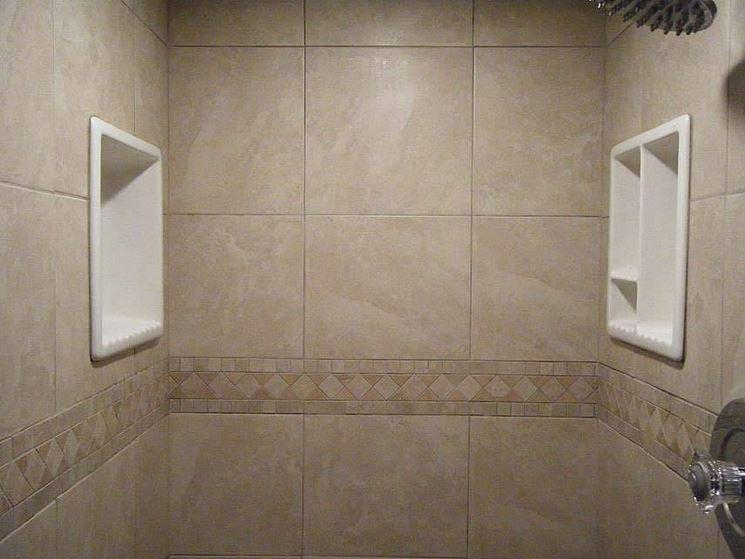 porte impiegate per un box doccia su misura