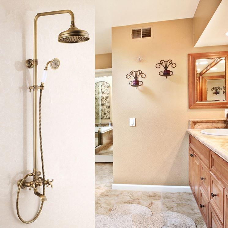 esempio di miscelatore doccia vintage