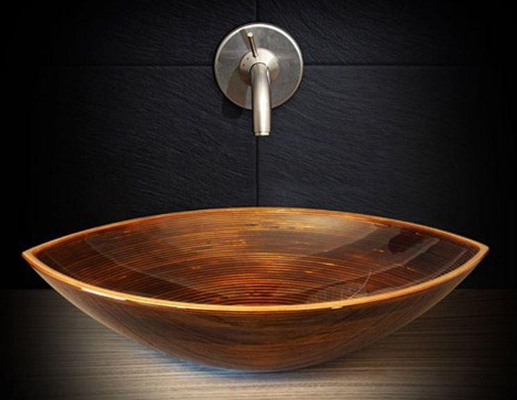 esempio di lavabo in legno