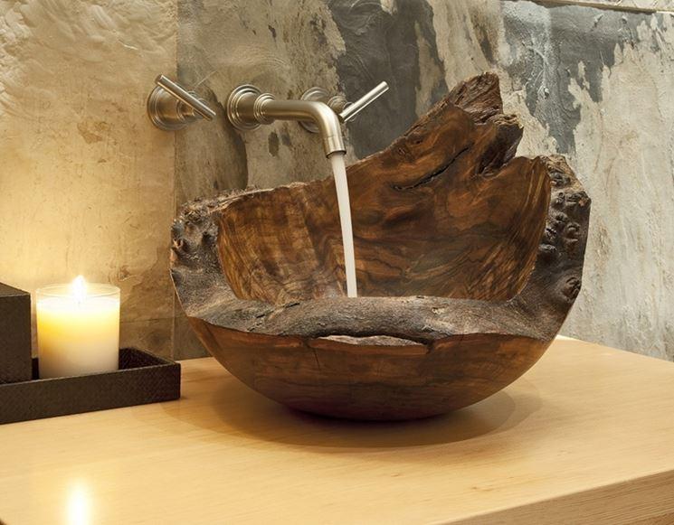 lavabo in legno particolare