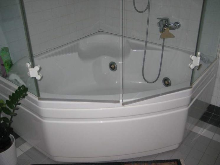 Vasche ad angolo bagno vasche angolari - Misure vasca da bagno ...