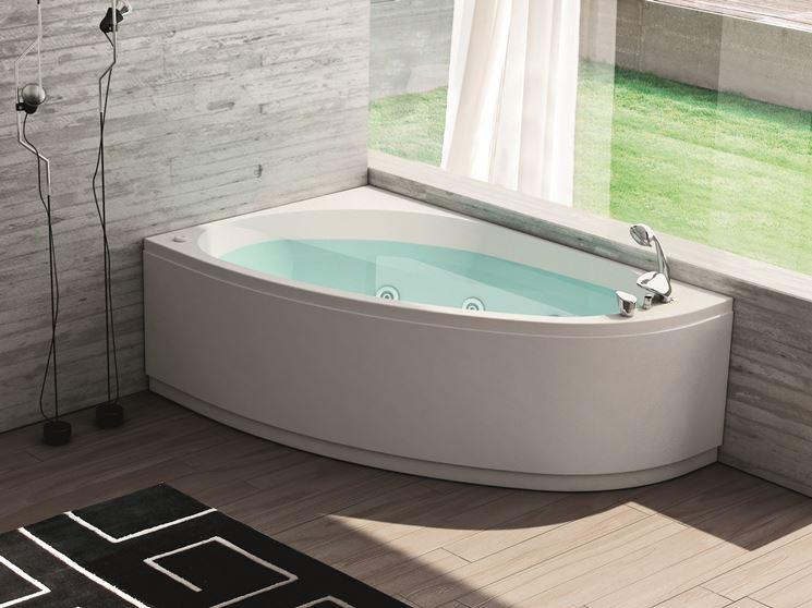 vasca da bagno ad angolo Hafro