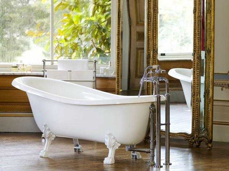 Vasca Da Bagno Libera : Britney libera installazione bianco vasche da bagno stand alone
