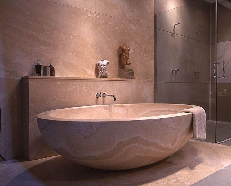 Vasche in pietra mix di tradizione e innovazione bagno for 2 br 2 piani casa bagno