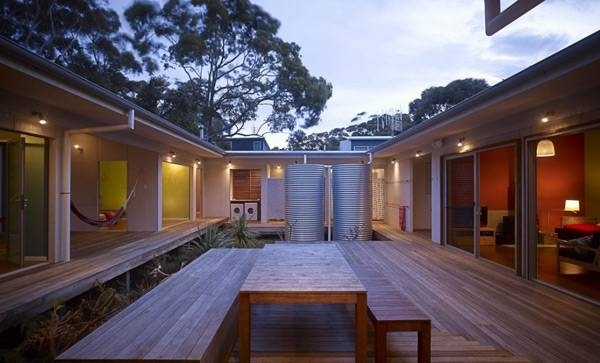 Case a corte costruire una casa for Costruire la propria casa