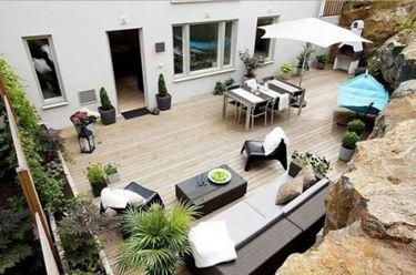 giardino in miniatura sul balcone