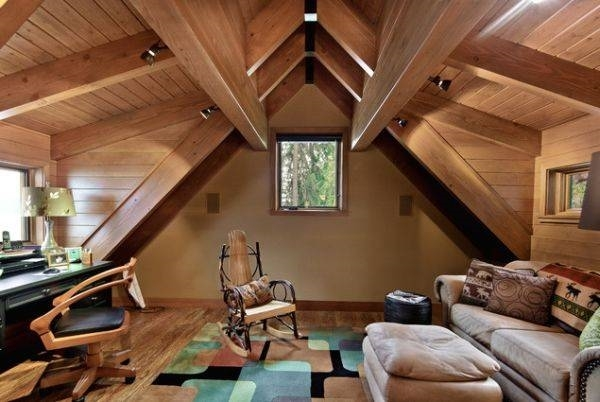 Mansarde in legno costruire una casa for Foto di mansarde arredate
