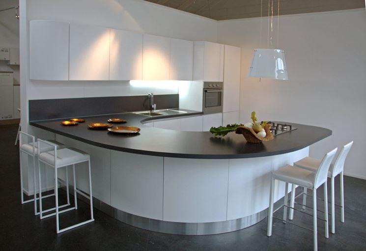 Cucina con penisola curva come progettarla cucina progettare cucina con penisola curva - Cucina con penisola ...