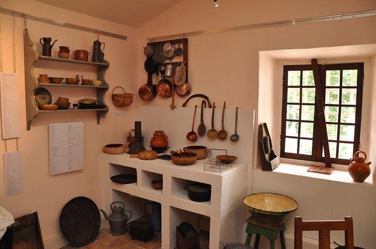 Cucina muratura e legno cucina cucina in muratura e legno for Decoration interieur maison provencale