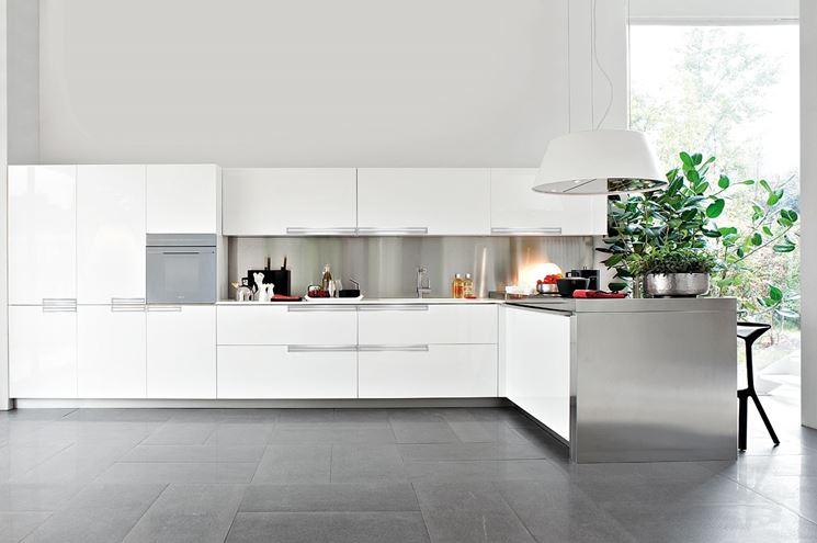 cucina con penisola moderna Elmar
