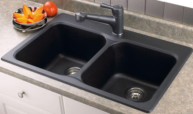 esempio di lavello in materiale composito