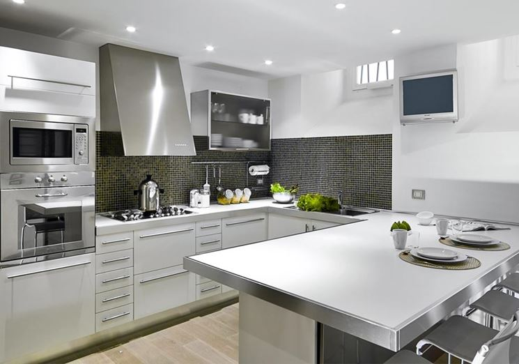 Progetto cucina composizione triangolare cucina idea - Cucina muratura progetto ...