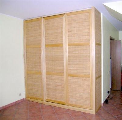 Armadio a muro mobili for Interno armadio a muro