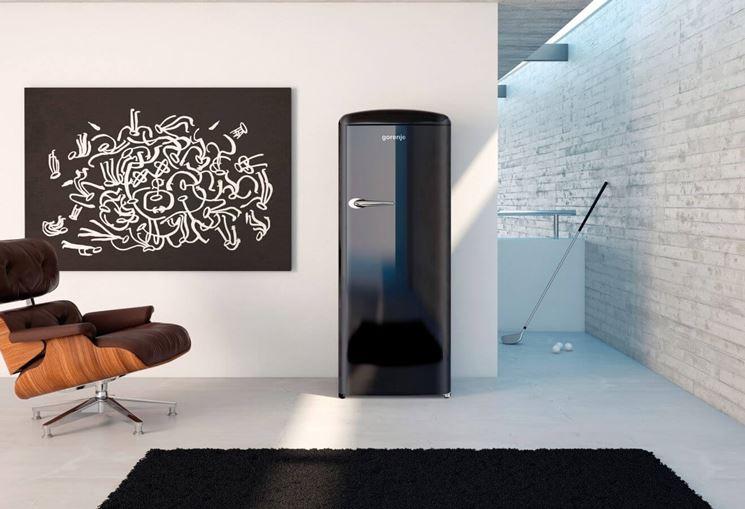 frigorifero nero vintage