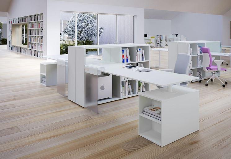 Disposizione Scrivania Ufficio : Scrivanie per lufficio oggetti di casa scrivanie ufficio