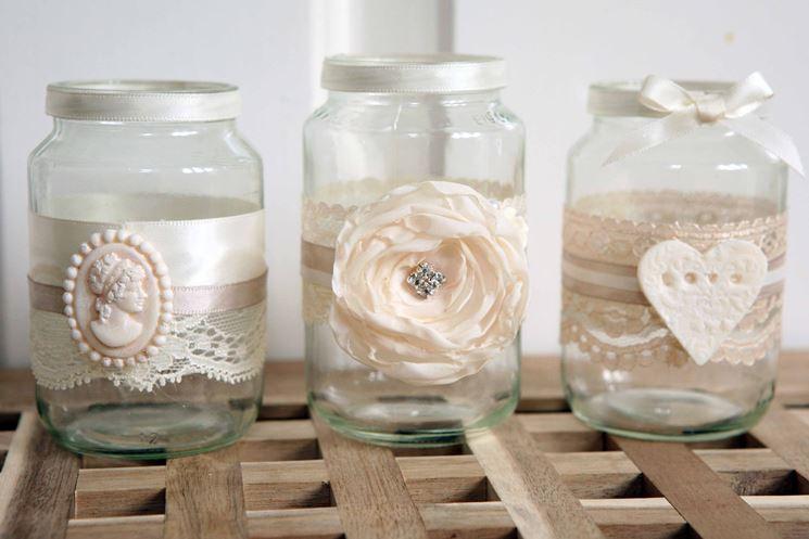 Vasetti vetro spazio alla fantasia oggetti di casa for Casa di vetro contemporanea