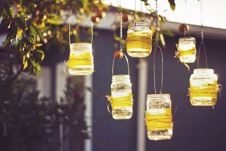 lanterne con barattoli di vetro