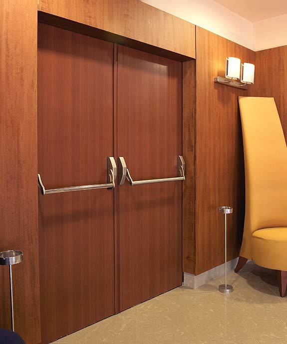 Porte tagliafuoco in legno porte for Porta rei