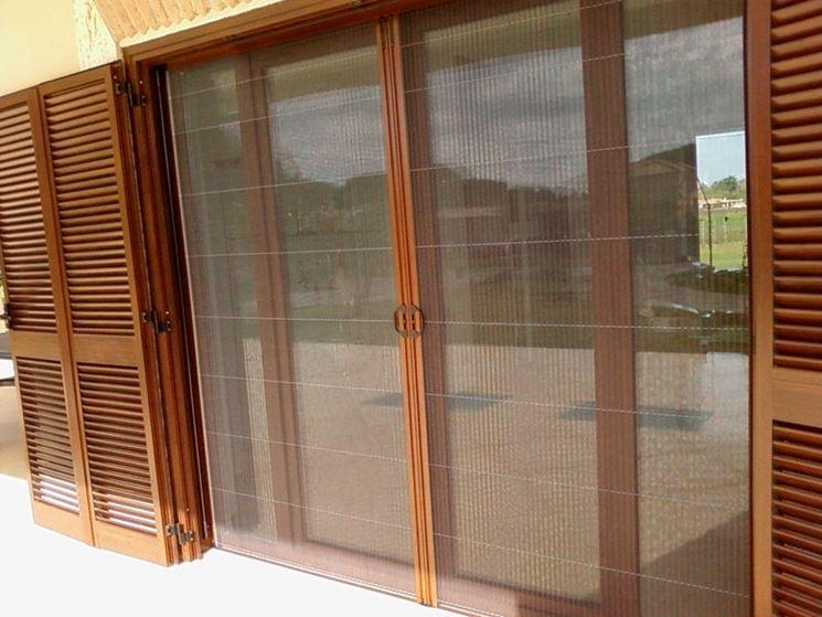 Zanzariere per porte finestre porte modelli di zanzariera per porte finestre - Costruire una finestra in alluminio ...