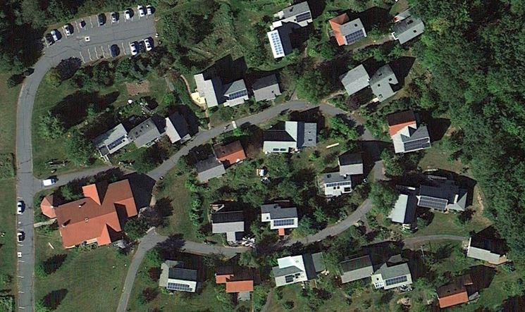 vista dall'auto di un insediamento cohousing