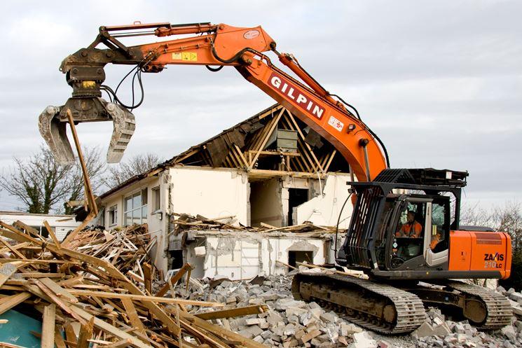 demolizione abitazione