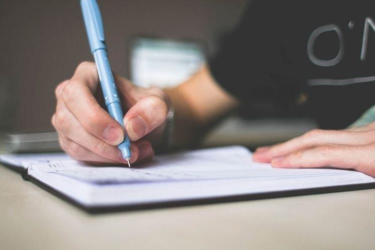 Firmare contratto di locazione