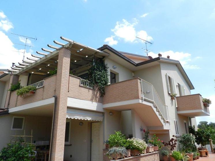 Terrazza con porticato in muratura, progetto all\'orientale ...