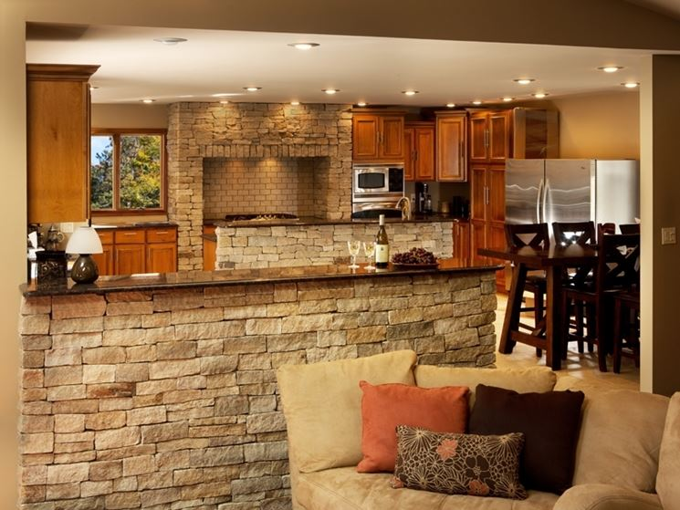 Rivestimenti in pietra ricostruita rivestimenti come installare rivestimenti in pietra - Rivestimento cucina finta pietra ...