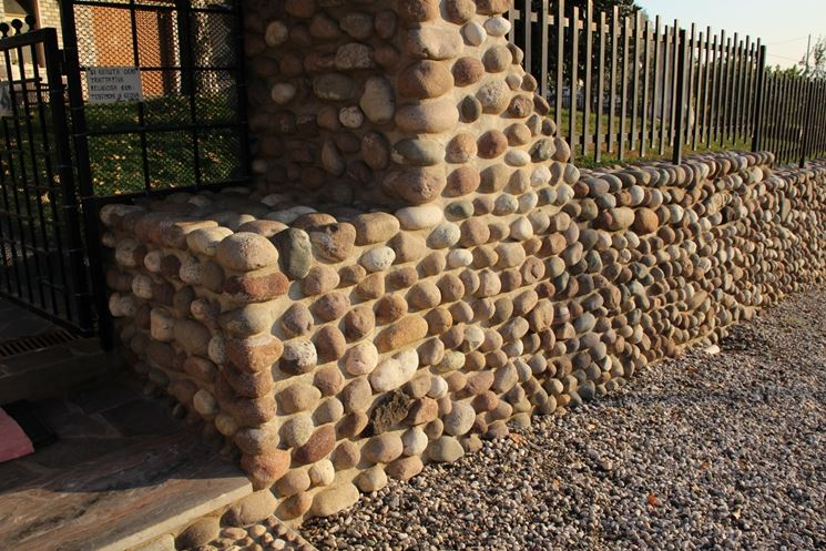 Rivestimenti per muri esterni rivestimenti for Pietre bianche da giardino costo